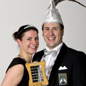 Wie o wie wordt het nieuwe vorstenpaar van C.V. de Vliegenmeppers?