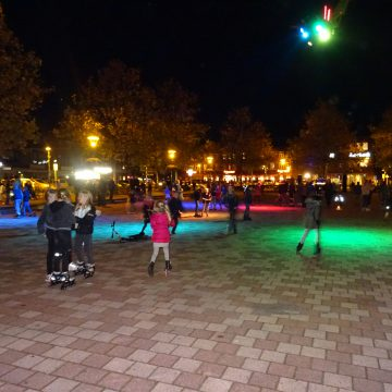 Discoskaten op het plein