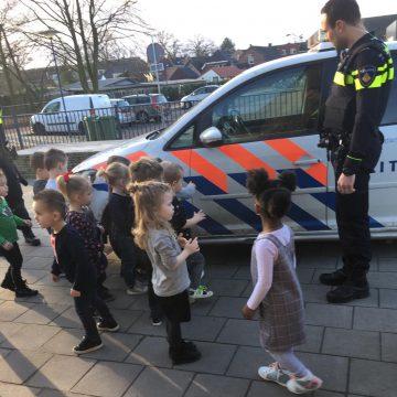 Politie bij Kinderdagverblijf 't Stappertje en Peuterwerk De Ster