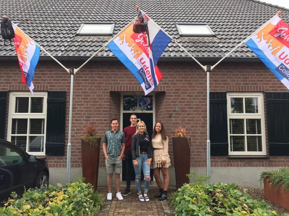Vierdubbel examenfeest bij familie Adam in Boekel