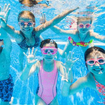 Schoolzwemmen KC Octopus en KC de Regenboog weer van start