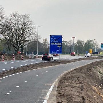 Nieuwe rotonde Randweg Boekel geopend