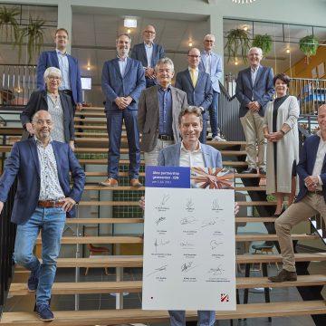 Boekel tekent samen met tien andere gemeenten vernieuwd partnership met IBN