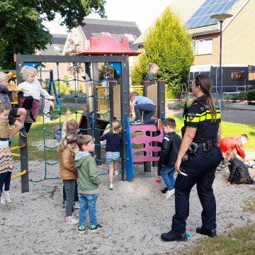 Kindcentrum de Regenboog helpt politie!