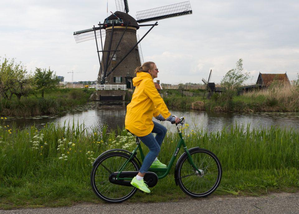 """""""Vat oe fiets"""" voor het welzijn van de ouderen in Sint Petrus"""
